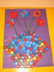Kapaklardan saksıda çiçeğimiz