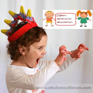 egg-carton-dinosaur-hat-craft-for-kids-to-make