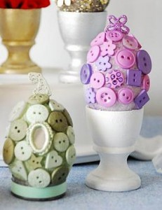 decoration-table-holiday-decoration-with-buttons-easy-craft-for-children-unique-fun