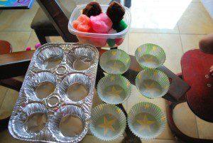 pompom ve kek kağıtları eşleştirme