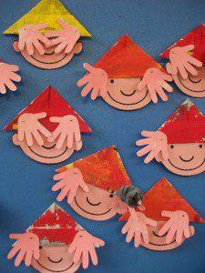 şapkalı çocuk etkinliği