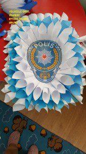 polis haftası çelenk-şapka (2)