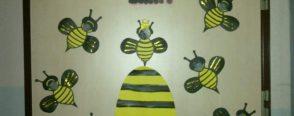 çalışkan arılar kapı süsümüz