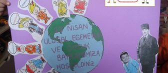 Atatürk'le Bayramımıza gelen çocukları karşılıyoruz..!