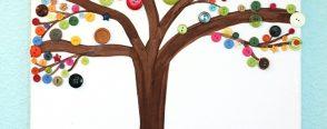 Düğmelerden bahar ağacı