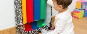 Bebeğiniz için renkli tüpler ( montessori oyuncağı )