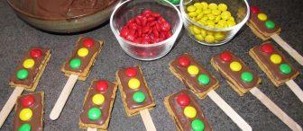 Trafik lambası kurabiyeler yapalım..!